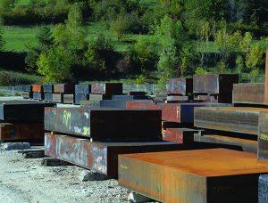large stock de 50 nuances d'acier et d'alliage. Fournisseur d'aciers spéciaux depuis plus de 70 ans.
