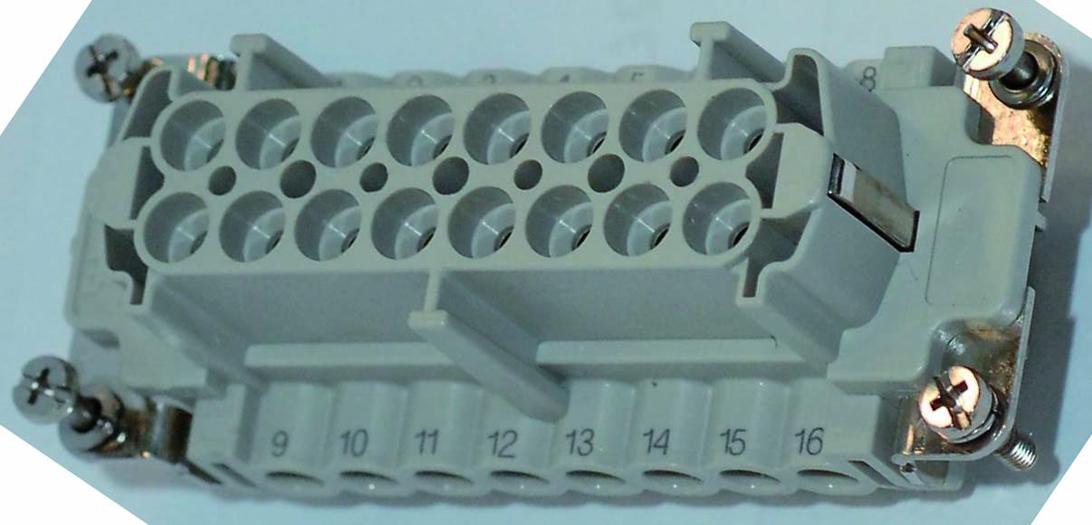 LA9011